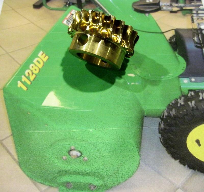 John Deere Snowblower worm gear AM130756 auger 1128de