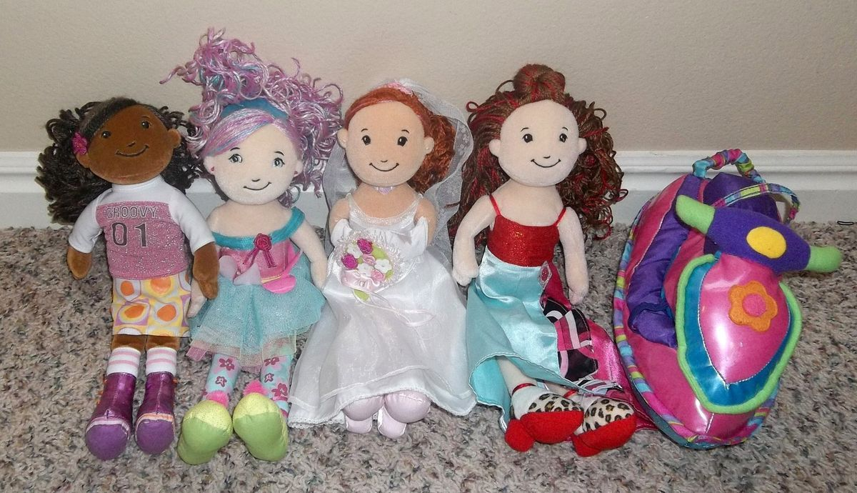 Girls Groovy Girl lot 4 dolls Jet Ski BRIDE AYANNA BELISIMA RUBY MAE