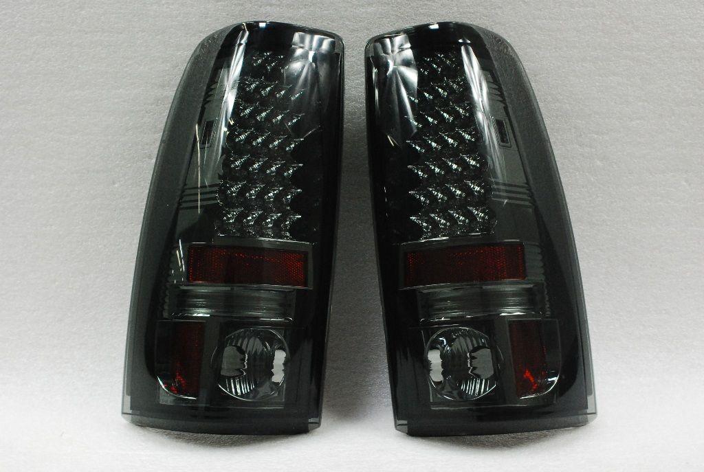 03 06 Chevy Silverado GMC Sierra Pickup 1500 2500 3500 Smoke LED Tail
