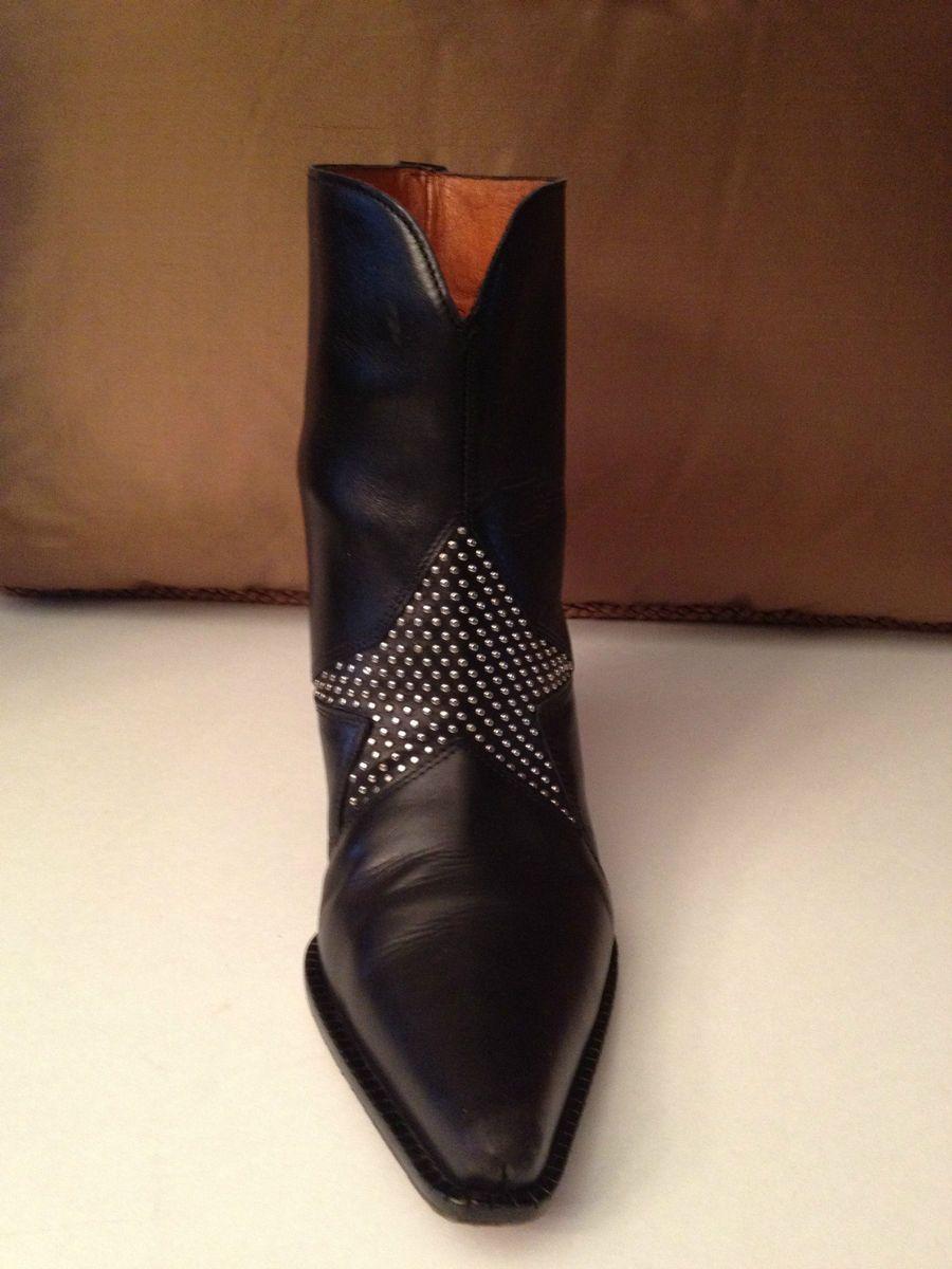 Donald J Pliner Western Collection Black Leather Silver Studded Star