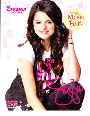 Selena Gomez Celebrity clippings Lot 1 2 Posters
