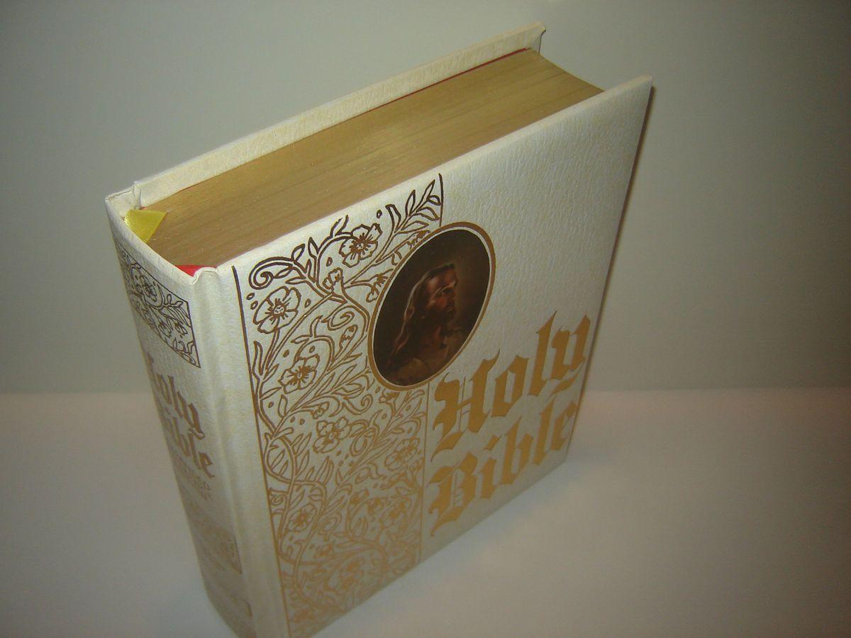 Riverside Family Heirloom Bible KJV King James Version High Quality A