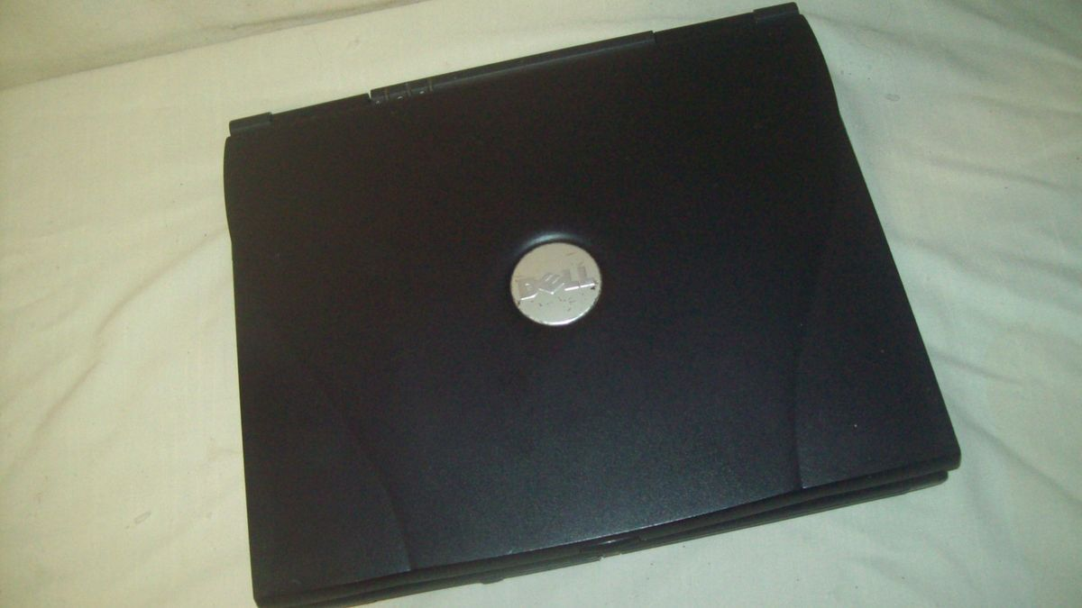 DELL C840 Latitude Laptop 1 8GHz 1GB RAM No Hard Drive Charger Parts