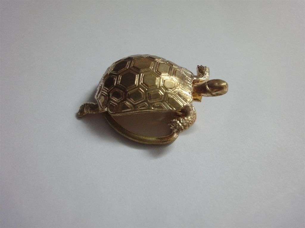 brevet sgdg vintage turtle gold tone scarf holder pin