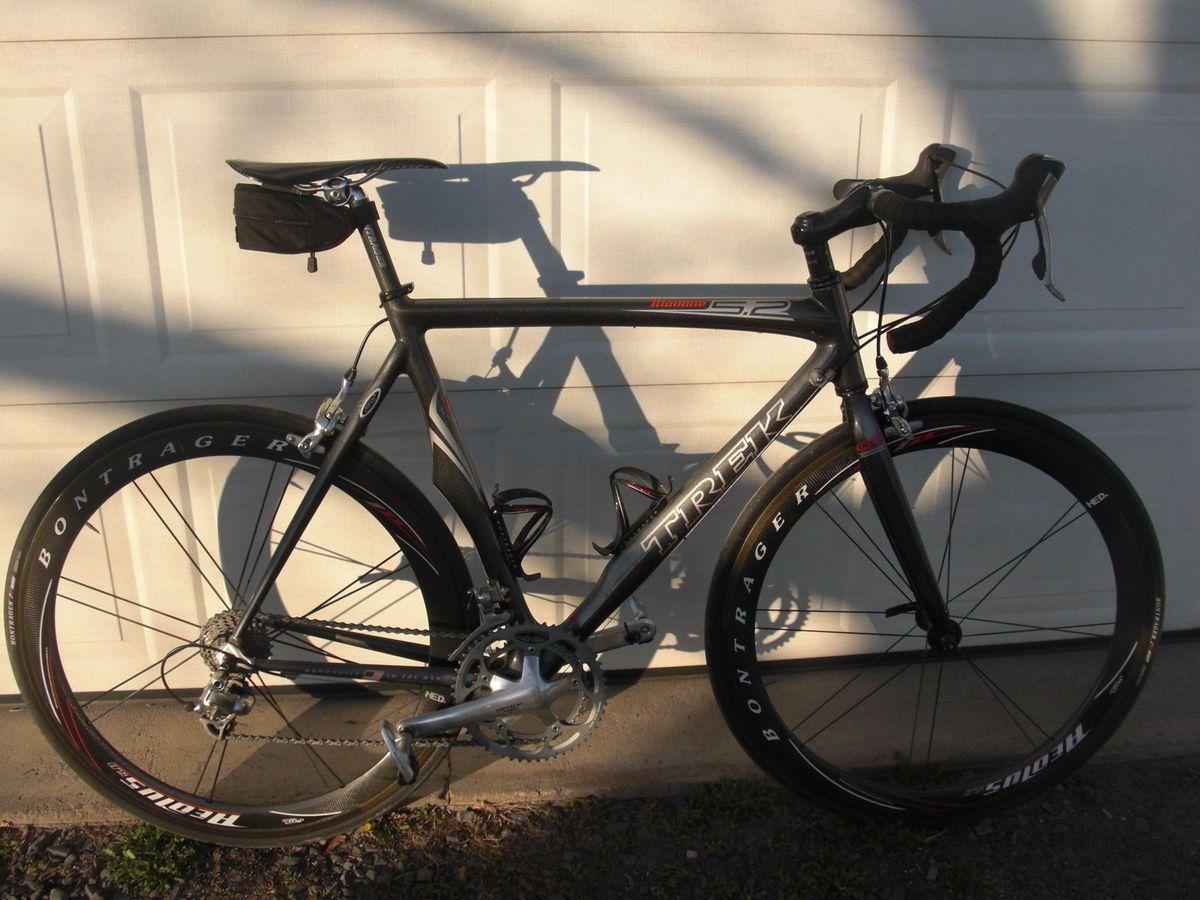 Trek Madone 5 2 58 cm All Carbon Fiber Road Bike Bicycle Aeolus Wheels